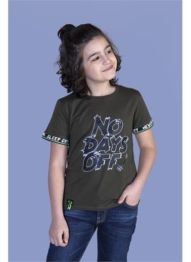 Toontoy Kids Toontoy Erkek Çocuk Baskılı Kolları Şerit Detaylı Tişört Haki